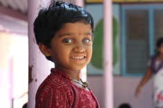 Center for Speech & Hearing Impaired Children de Bukkaraya Samudram, en Anantapur, India)